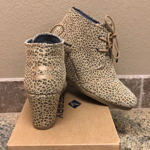 Toms Desert Cheetah Wedge Ankle Boot  NWOB